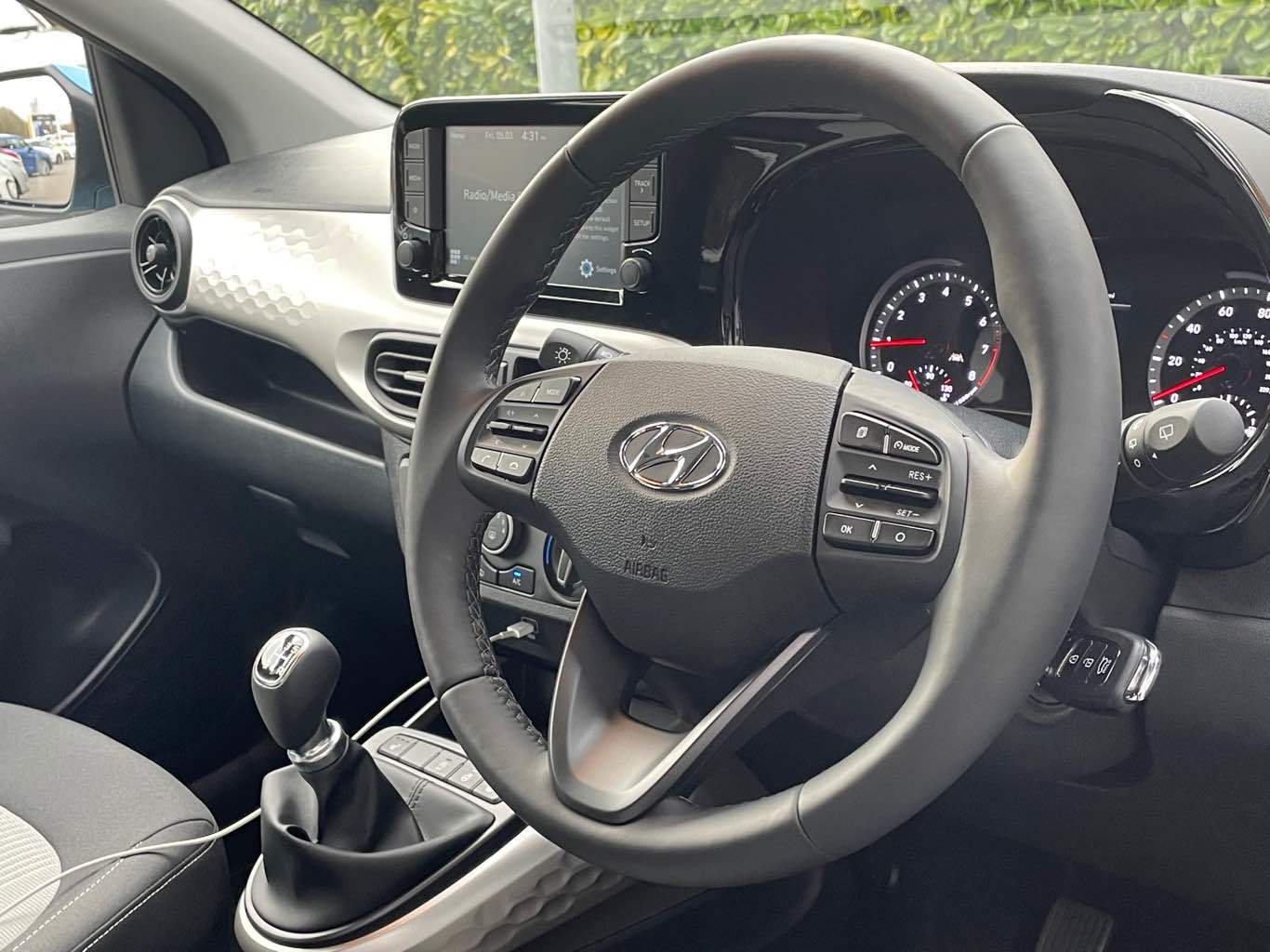 Hyundai i10 Premium 1.0 MPi 67PS Manual MY20.5