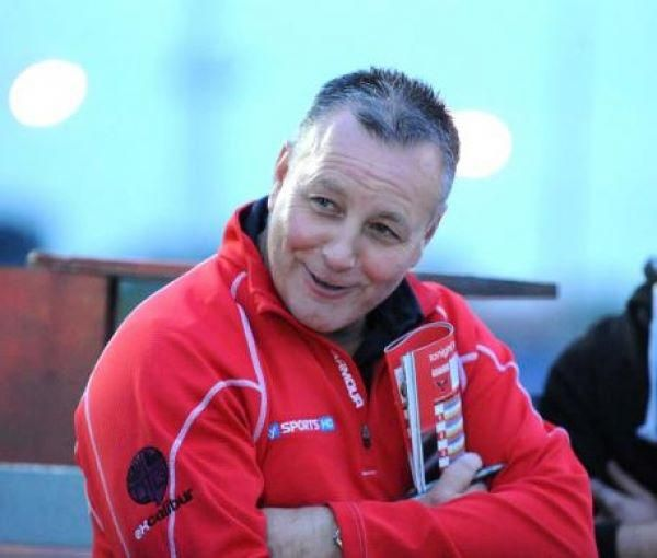 Pebley to back the Swindon Speedway Robins for 2014